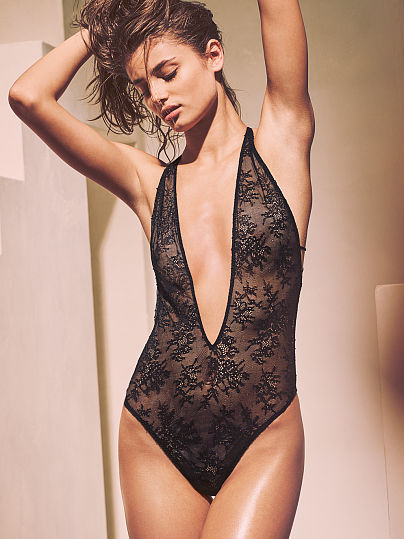 Новинка! Chantilly Lace Strappy Teddy