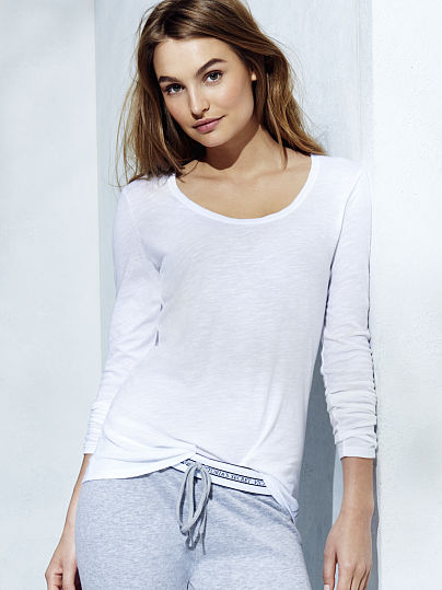 Long-sleeve Scoopneck Tee